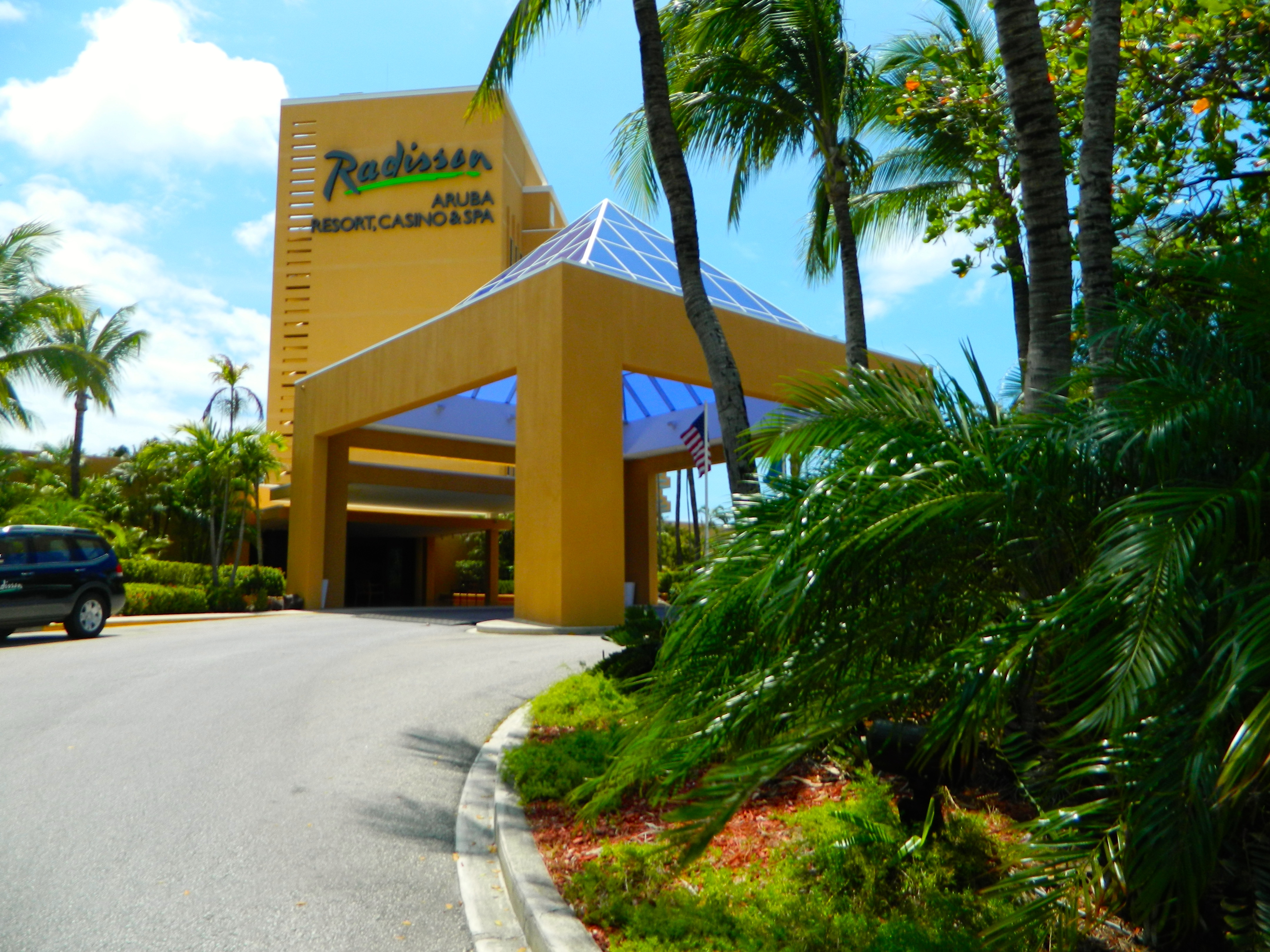 Accommodation Review Radisson Aruba Resort Casino